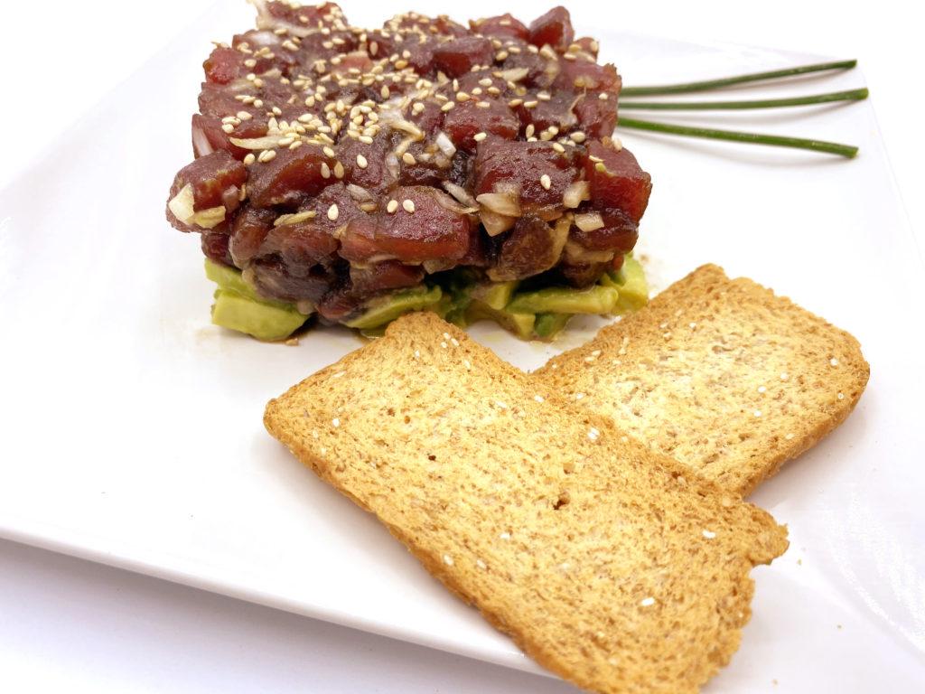 Compra Descargado de Atún Rojo de Almadraba en www.mariscoencasa.com, el mejor corte del atún para consumirlo en crudo.