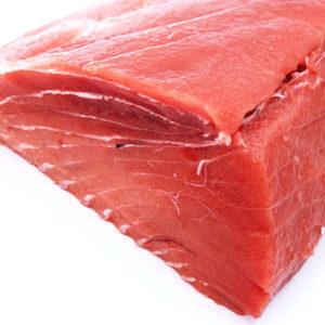 Compra solomillo de atún rojo a domicilio, el corte perfecto para guisos o para cocerlo y conservarlo en aceite.